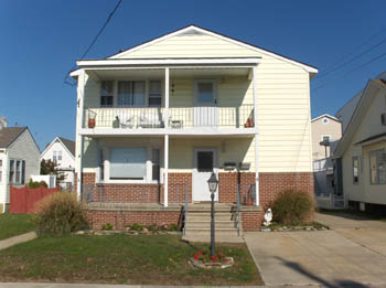 221 E. 5th Avenue&nbsp;#2, 2nd floor<br/>North Wildwood